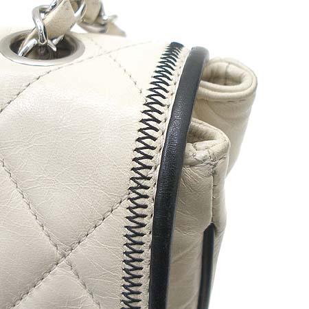 Chanel(샤넬) 아이보리 램스킨 빈티지 은장 체인 숄더백 [동대문점] 이미지5 - 고이비토 중고명품