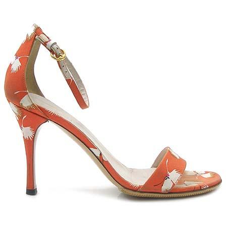 Gucci(구찌) 160144 오렌지 패브릭 크래인 패턴 하이힐 여성용 샌들 이미지4 - 고이비토 중고명품