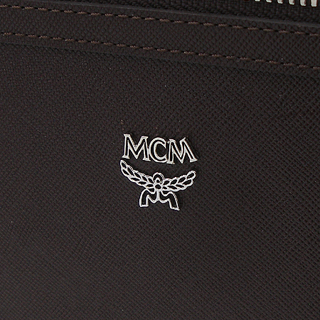 MCM(엠씨엠) 은장로고장식 사피아노 집업 다용도 세컨백 [부천 현대점]