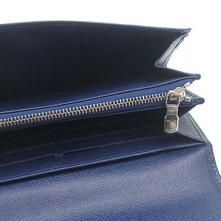 Louis Vuitton(루이비통) M60320 에삐 레더 인디고 블루 컬러 사라 월릿 장지갑 이미지4 - 고이비토 중고명품