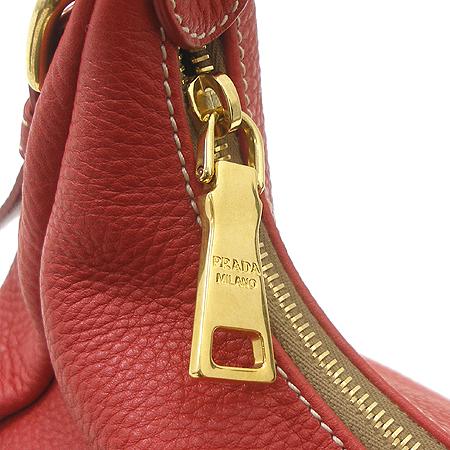 Prada(프라다) BR4373 VIT DAINO 금장 로고 호보 숄더백 이미지5 - 고이비토 중고명품
