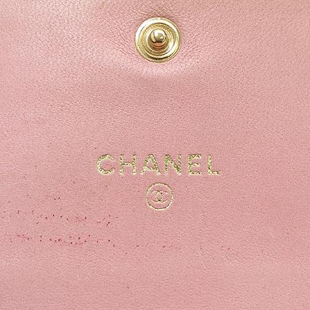 Chanel(샤넬) COCO 로고 핑크 캐비어 스킨 중지갑