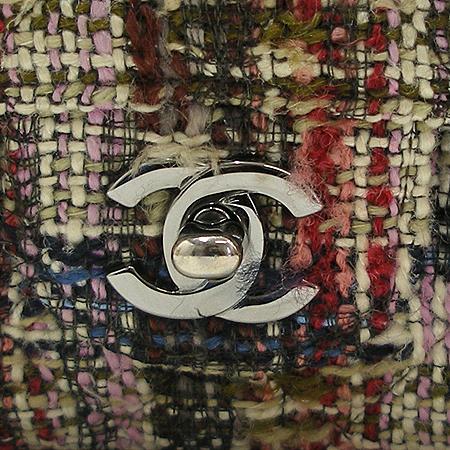 Chanel(샤넬) 은장 로고 장식 클래식 미디움 사이즈 트위드 체인 숄더백