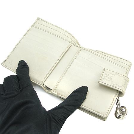 Gucci(구찌) 233022 GG 로고 시마 레더 은장 장식 반지갑