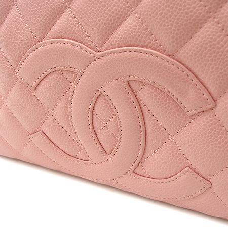 Chanel(샤넬) COCO 로고 캐비어스킨 핑크 퀼팅 토트백