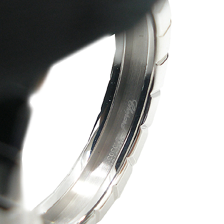 Chopard(쇼파드) 18K 화이트골드 아이스 큐브 4포인트 다이아 반지 이미지4 - 고이비토 중고명품