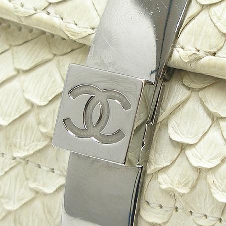Chanel(샤넬) COCO 은장 로고 장식 파이손 레더 은장 체인 클러치 겸 숄더백
