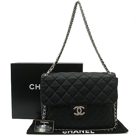 Chanel(샤넬) A49915Y07458 퀼팅 어라운드(AROUND) 블랙 은장 체인 숄더백