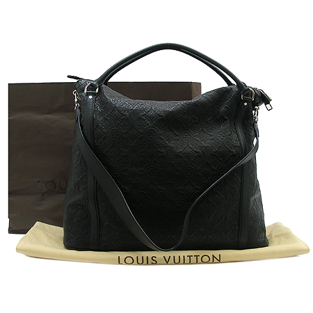 Louis Vuitton(루이비통) M97067 블랙컬러 모노그램 엔테이아 램스킨 익시아 GM 2WAY