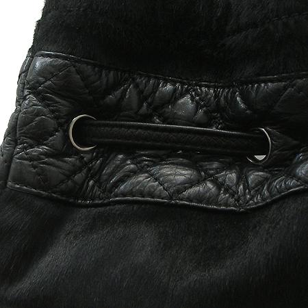 Chanel(샤넬) 시즌 한정판 송치 레더 트리밍 은장 체인 토트백 [강남본점] 이미지4 - 고이비토 중고명품