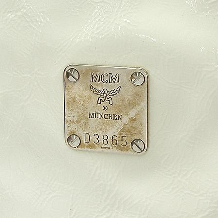 MCM(엠씨엠) 1010093010207 화이트애나멜 은장로고 숄더백