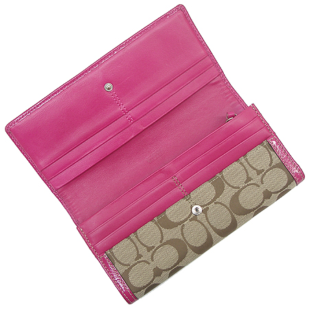 Coach(코치) 하트 스터드 장식 핑크 에나멜 시그네쳐 장지갑