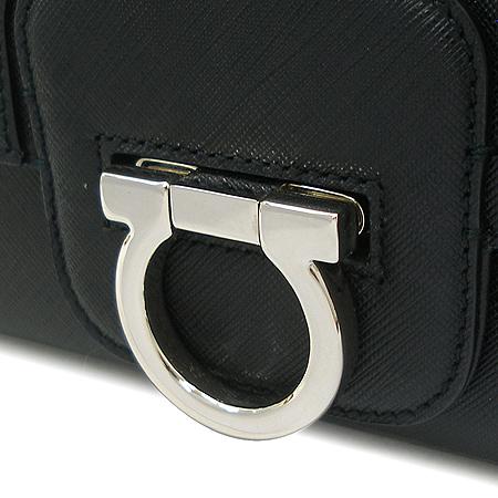 Ferragamo(페라가모) 21 B724 은장 간치니 장식 블랙 레더 토트백[부천현대점]