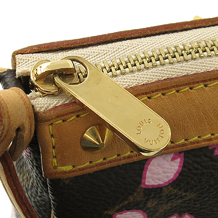 Louis Vuitton(루이비통) M92006 모노그램 캔버스 체리 블라섬 파우치 숄더백