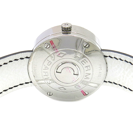 Hermes(에르메스) PP1.410.212 Passe Passe(파스파스) 라운드 자개판 블랙래더 여성용 시계