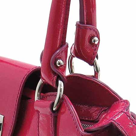 Ferragamo(페라가모) 21 6317 간치니 로고 장식 핑크 페이던트 숄더백