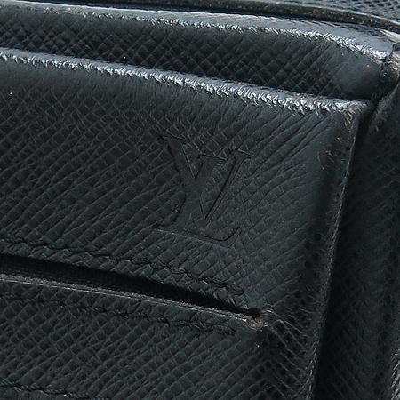 Louis Vuitton(루이비통) M30902 타이가 사얀 아르도와즈 크로스백[부천현대점]