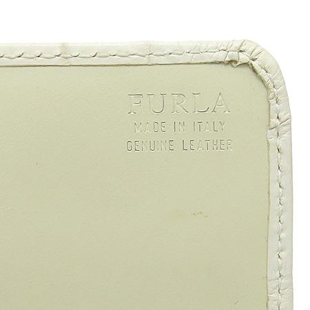 FURLA(훌라) 화이트 레더 크로커다일 패턴 장지갑