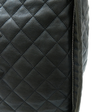 Chanel(샤넬) COCO 로고 퀼팅 스퀘어 은장 체인 쇼퍼백 [부산센텀본점]