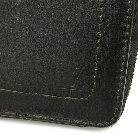 Louis Vuitton(루이비통) M97025 유타 레더 지피 오거나이저 장지갑 [강남본점] 이미지2 - 고이비토 중고명품