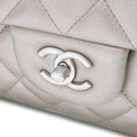 Chanel(샤넬) 14883784 클래식 브론즈 메탈릭 점보 사이즈 체인 숄더백
