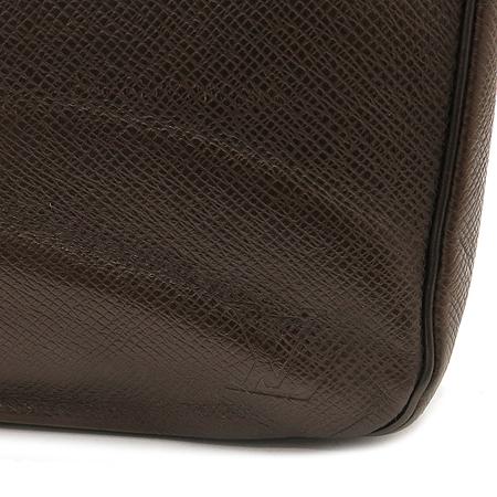 Louis Vuitton(루이비통) M30216 타이가 그레즐리 짚업 세컨드백