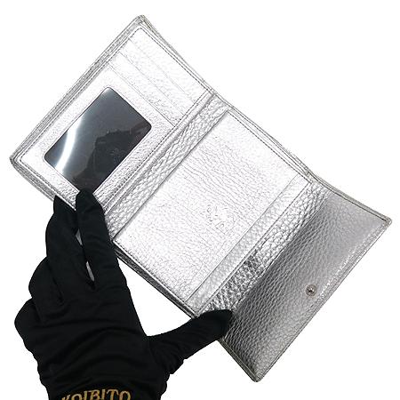 MCM(엠씨엠) 1032086020322 은장 로고 장식 비세토스 블랙 멀티 실버 메탈릭 레더 중지갑 이미지3 - 고이비토 중고명품