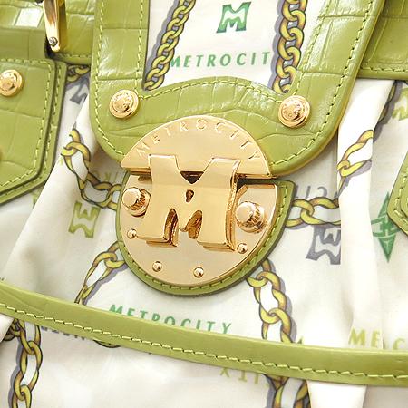 Metrocity(메트로시티) 금장 로고 장식 크로거다일 패턴 실크 혼합 토트백