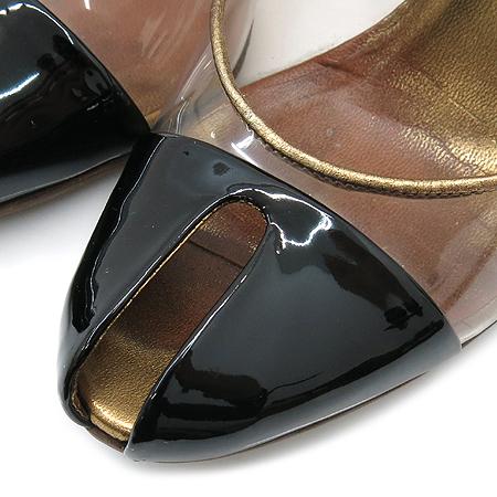 Gucci(구찌) 블랙 페이던트 에나멜 골드 메탈릭 오픈토 여성용 구두