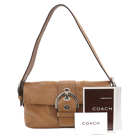 Coach(코치) 8A05 은장 로고 벨트 장식  숄더백