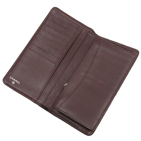 Chanel(샤넬) A31509Y01480 램스킨 블랙 마트라쎄 은장 로고 장지갑 [명동매장]