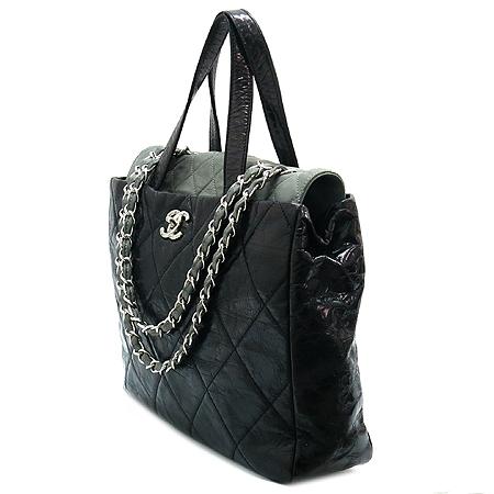 Chanel(샤넬) A47138Y06146 빈티지 블랙 퀼팅 포르투 벨로 은장 체인 2WAY [강남본점] 이미지2 - 고이비토 중고명품