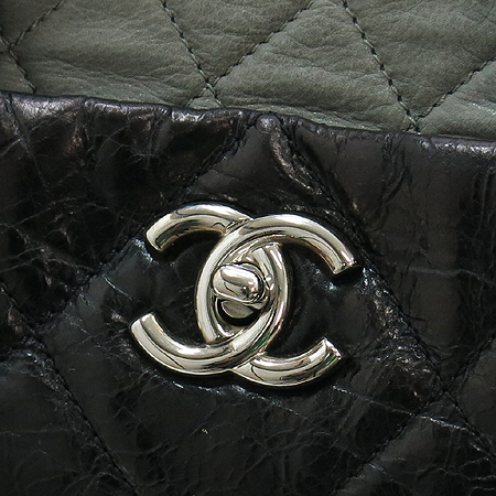 Chanel(샤넬) A47138Y06146 빈티지 블랙 퀼팅 포르투 벨로 은장 체인 2WAY