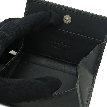 Ferragamo(페라가모) 66 6062 로고 장식 동전 지갑