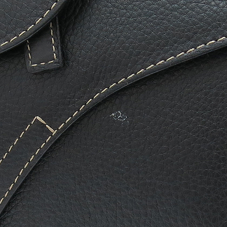 Dior(크리스챤디올) 이니셜 장식 블랙 래더 새들 크로스백