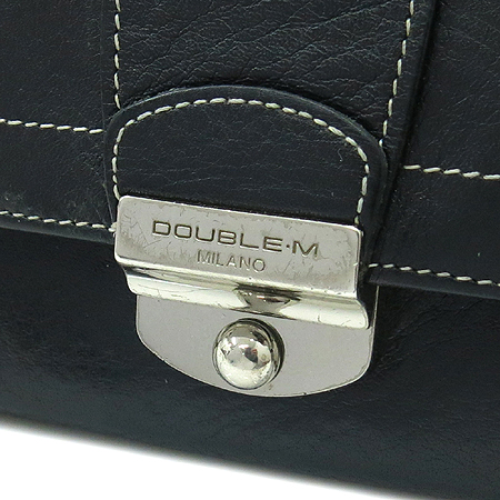 DOUBLE M(더블엠) 은장 버클 장식 블랙 래더 스티치 반지갑 이미지2 - 고이비토 중고명품