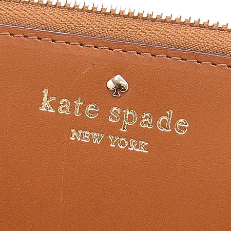 KATE SPADE(케이트스페이드) 금장 로고 장식 브라운 래더 짚업 장지갑 [강남본점]