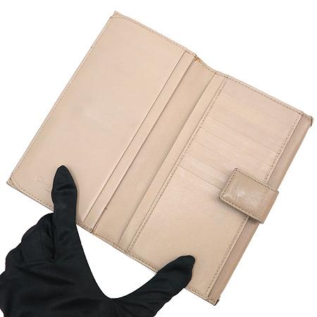 Dior(크리스챤디올) 하트 로고 장식 장지갑