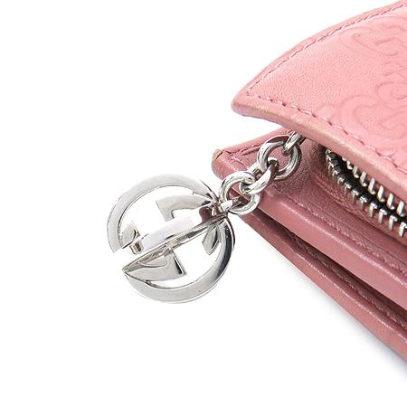 Gucci(구찌) 233022 은장 로고 장식 GG로고 시마 래더 반지갑