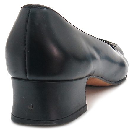 Ferragamo(페라가모) 2756 은장 간치니 블랙 래더 여성용 구두