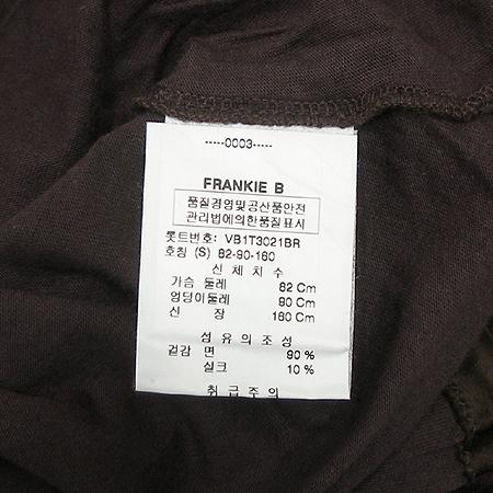 VELVET(벨벳) 실크 혼방 브이넥 티 이미지4 - 고이비토 중고명품