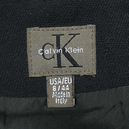 Calvin Klein(캘빈클라인) 스커트