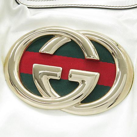 Gucci(구찌) 162094 GG 로고 삼색 스티치 장식 페이던트 바겟 숄더백 이미지3 - 고이비토 중고명품