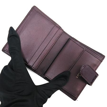 LOVCAT(러브캣) 로고 장식 페이던트 반지갑