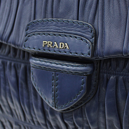 Prada(프라다) BR4715 블루 컬러 나파 고프레 숄더백
