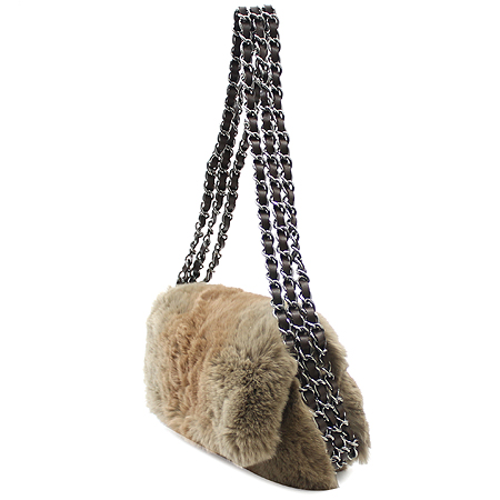 Chanel(샤넬) 은장 coco로고 토끼털 체인 숄더백