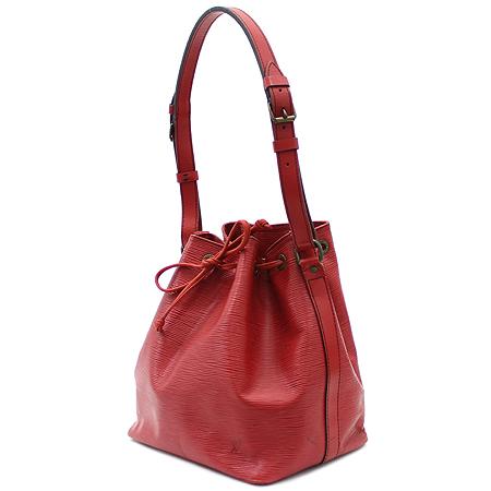 Louis Vuitton(루이비통) M5921E 에삐 래더 쁘띠 노에 숄더백 이미지2 - 고이비토 중고명품