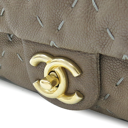 Chanel(샤넬) A66531Y070301 캐비어스킨 스티치 금장 체인 숄더백