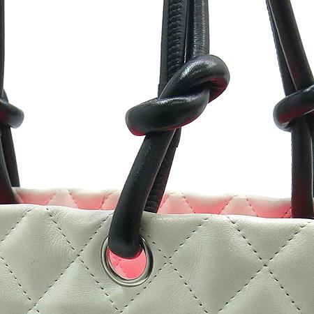 Chanel(샤넬) A25169Y03880 화이트 깜봉 라지 쇼퍼 숄더백 이미지3 - 고이비토 중고명품