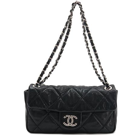 Chanel(샤넬) 캐비어 스킨 COCO로고 은장체인 숄더백 [압구정매장]
